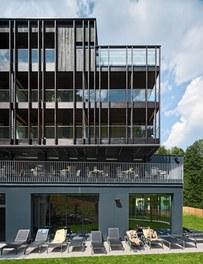 Hotel Waldhof - detail of facade