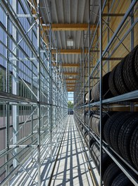 Commercial Vehicle Center - tire storage