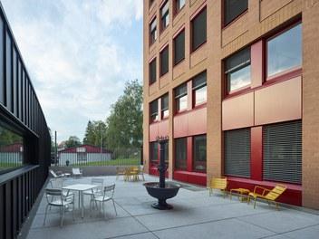 Headquarter Getzner - courtyard