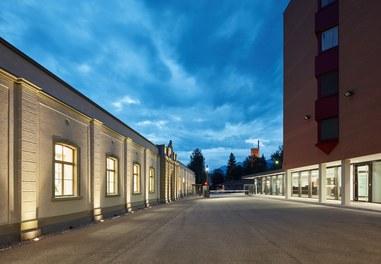 Headquarter Getzner - night shot