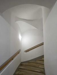 Conversion Sonnenfelsgasse + Bäckerstrasse - staircase