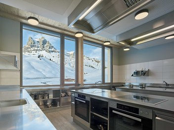 Teamhotel Salober - kitchen